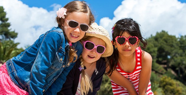 Reasons for kids to wear sunglasses