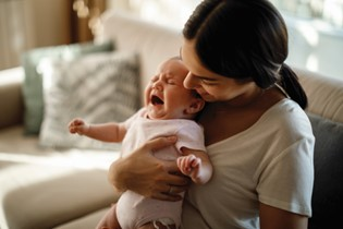 How do you know if your baby has reflux or colic?