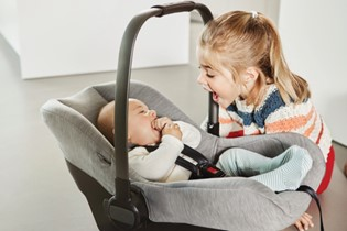 how to choose the right carseat for your baby