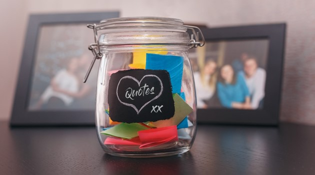 Memories kept quick - the Family Quote and Memory Jar